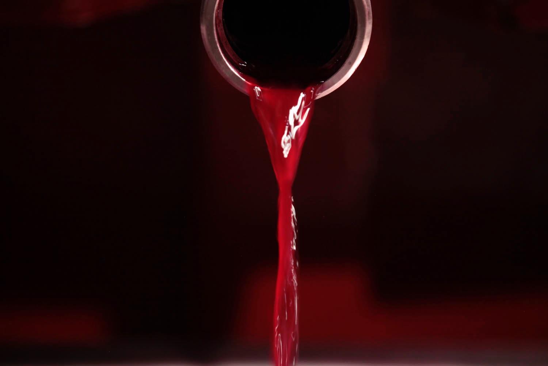 Proceso de elaboración del vino tinto: filtración