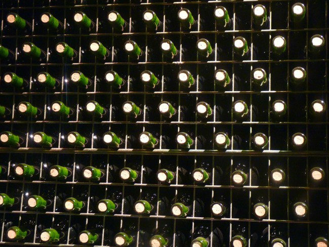 La postura, vital para almacenar botellas de vino