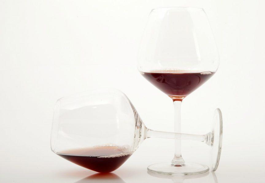 La decantación del vino