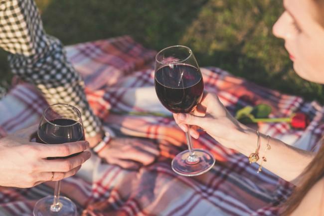 Citas célebres sobre el vino y el amor