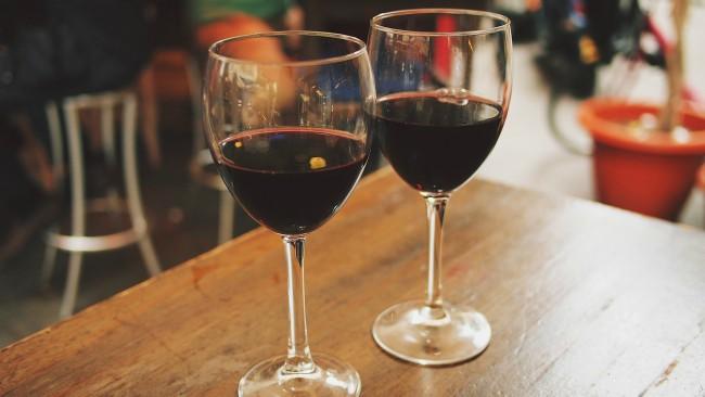 Refranes sobre el vino