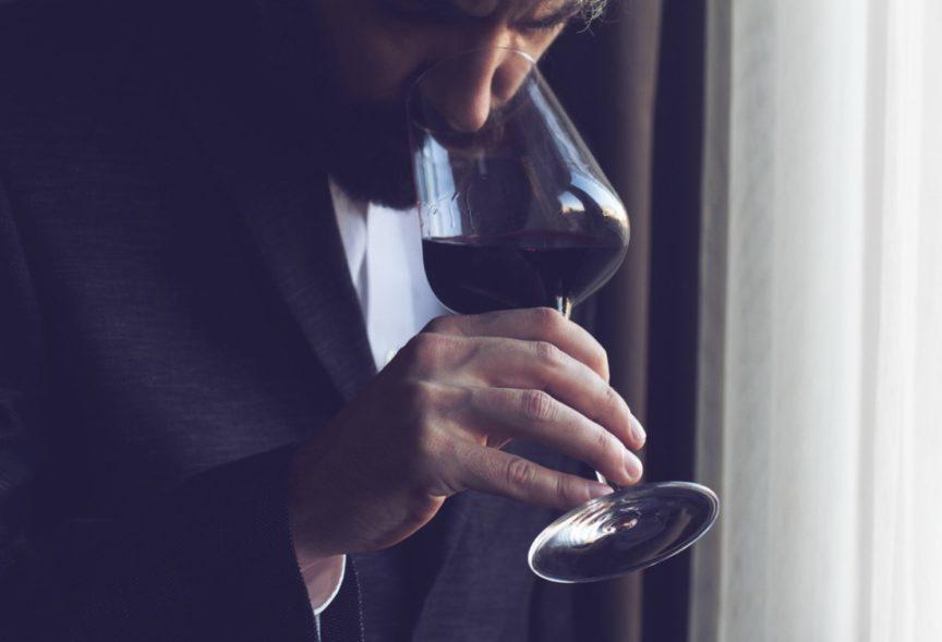 Qué es el retrogusto en el vino