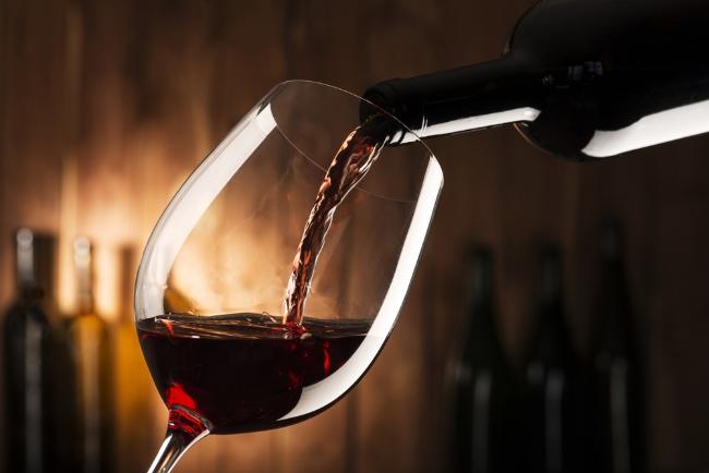 Pautas para regalar una botella de vino