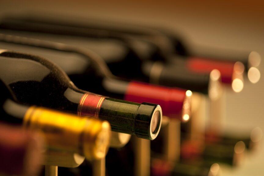 ¿Cómo se fija el precio de un vino?