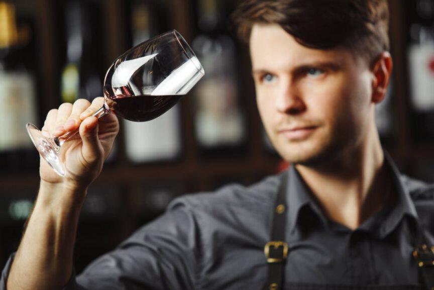 10 trucos para fingir que sabes de vino