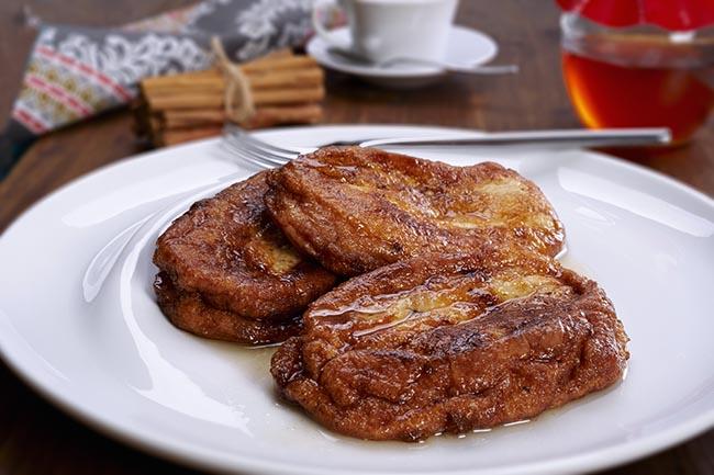 Torrijas: el mejor ejemplo de mojar pan en vino